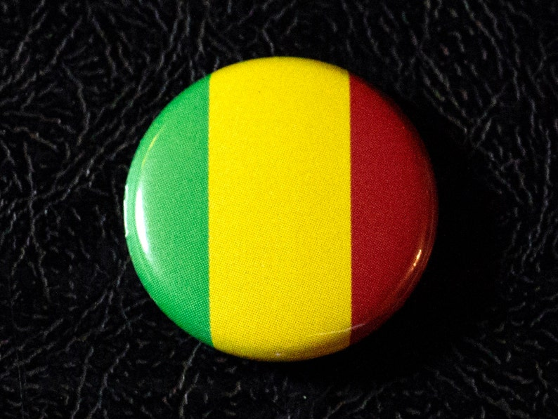 1 Mali flag button pin badge pinback magnet image 0