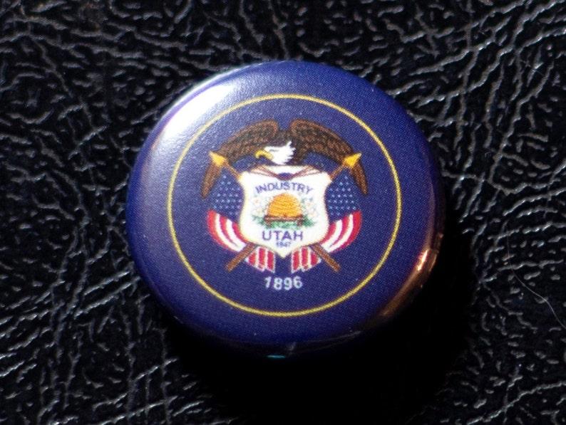 1 Utah flag button pin badge pinback magnet image 0