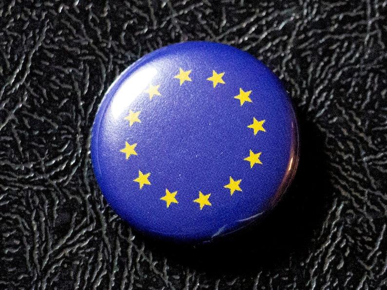 1 European Union flag button pin badge pinback image 0