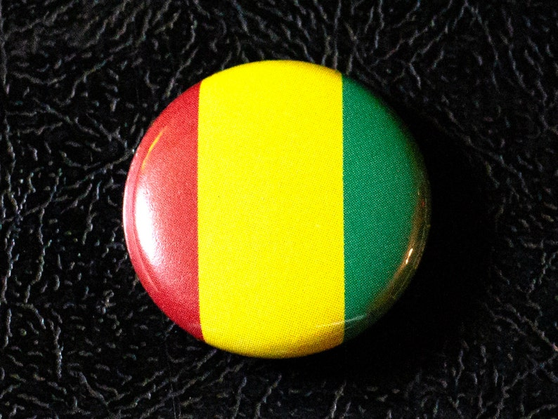 1 Guinea flag button pin badge pinback magnet image 0