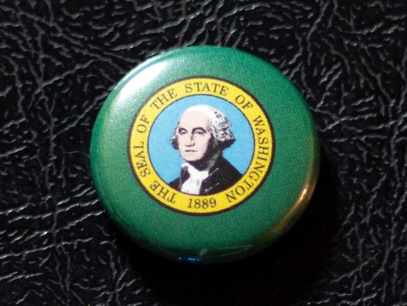 1 Washington flag button pin badge pinback magnet image 0