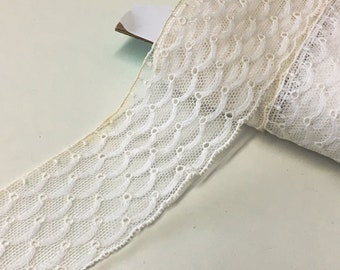 """3.0 m / 3.3 yds — VINTAGE / ANTIQUE french embroidered tulle lace trim — aged white — cotton — 50 mm / 2"""" wide"""