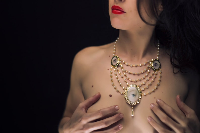 Gold Pearl Necklace  The Tricorn image 0