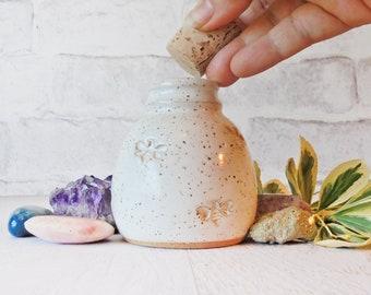 Bees Jar with cork - Tiny Bud Vase - Seed Jar - Spice Jar - Tiny Handmade Pottery - Herbs  - small pottery - honeybee - bees