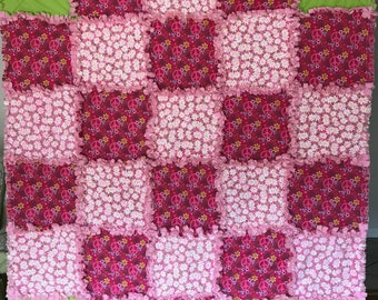 Peace Signs Rag Quilt /  Pink Quilt / Toddler Rag Quilt / Lap Quilt / Girl's Rag Quilt Pink