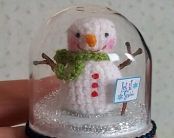 Ho lass Ho Ho es schneien, unter der Kuppel, die die Sonne immer scheint