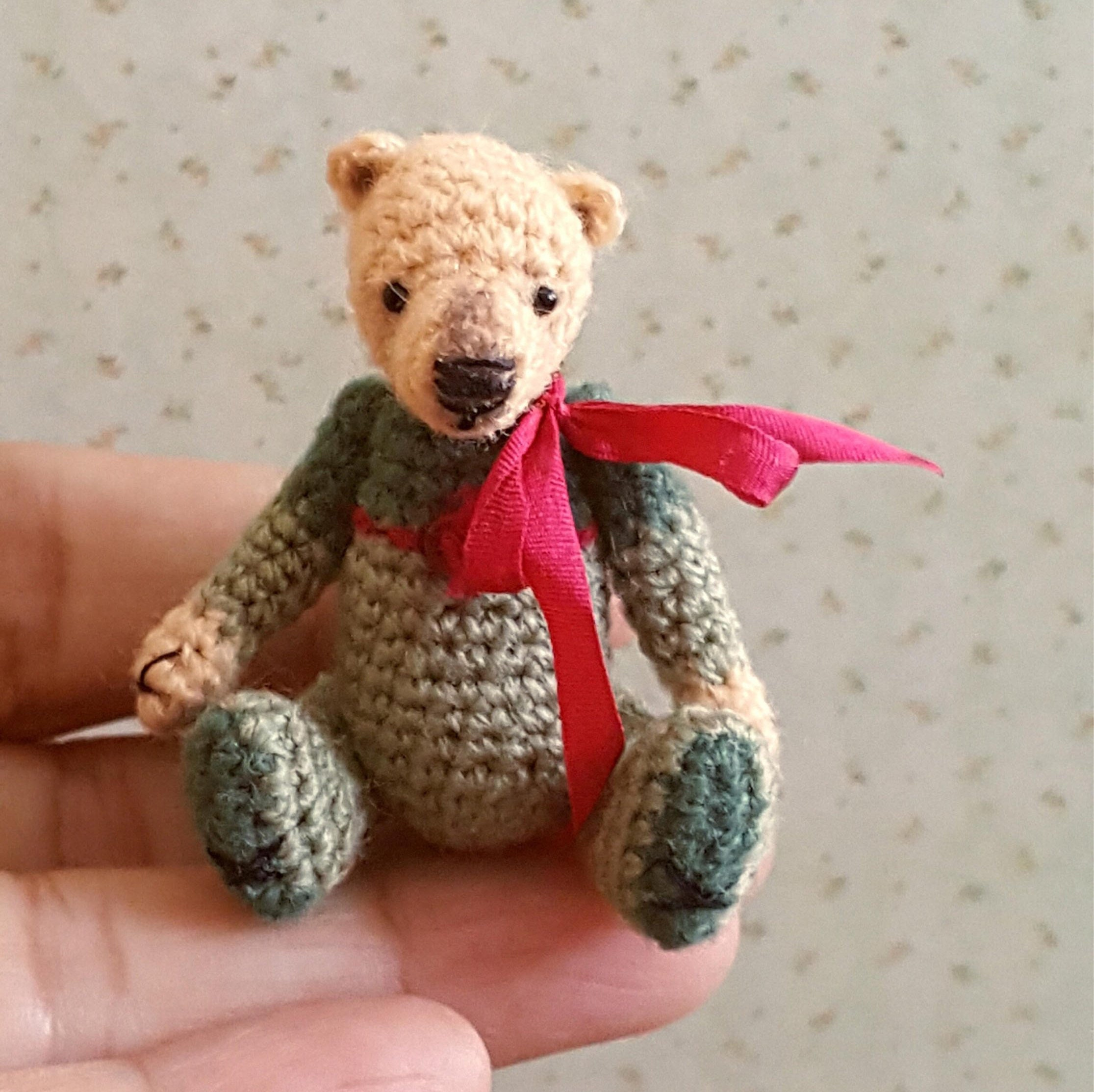 Crochet,Miniature,OOAK,Teddy,Bear,Toys,teddy_bear,miniature,crochet,bear,amigurumi,artist_bear,IGMA,dollhouse,collectible,orsetto,orso,uncinetto,stuffing,punch thread,sewing thread