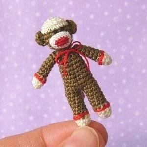 Miniature,Sockmonkey,-,Amigurumi,Crochet,PDF,Pattern,mariella_vitale,PDF_Pattern,Crochet_Tutorial,crochet_pattern,miniature_amigurumi,miniature_crochet,amigurumi,micro_crochet,sock_monkey,sockmonkey, , crochet_sockmonkey