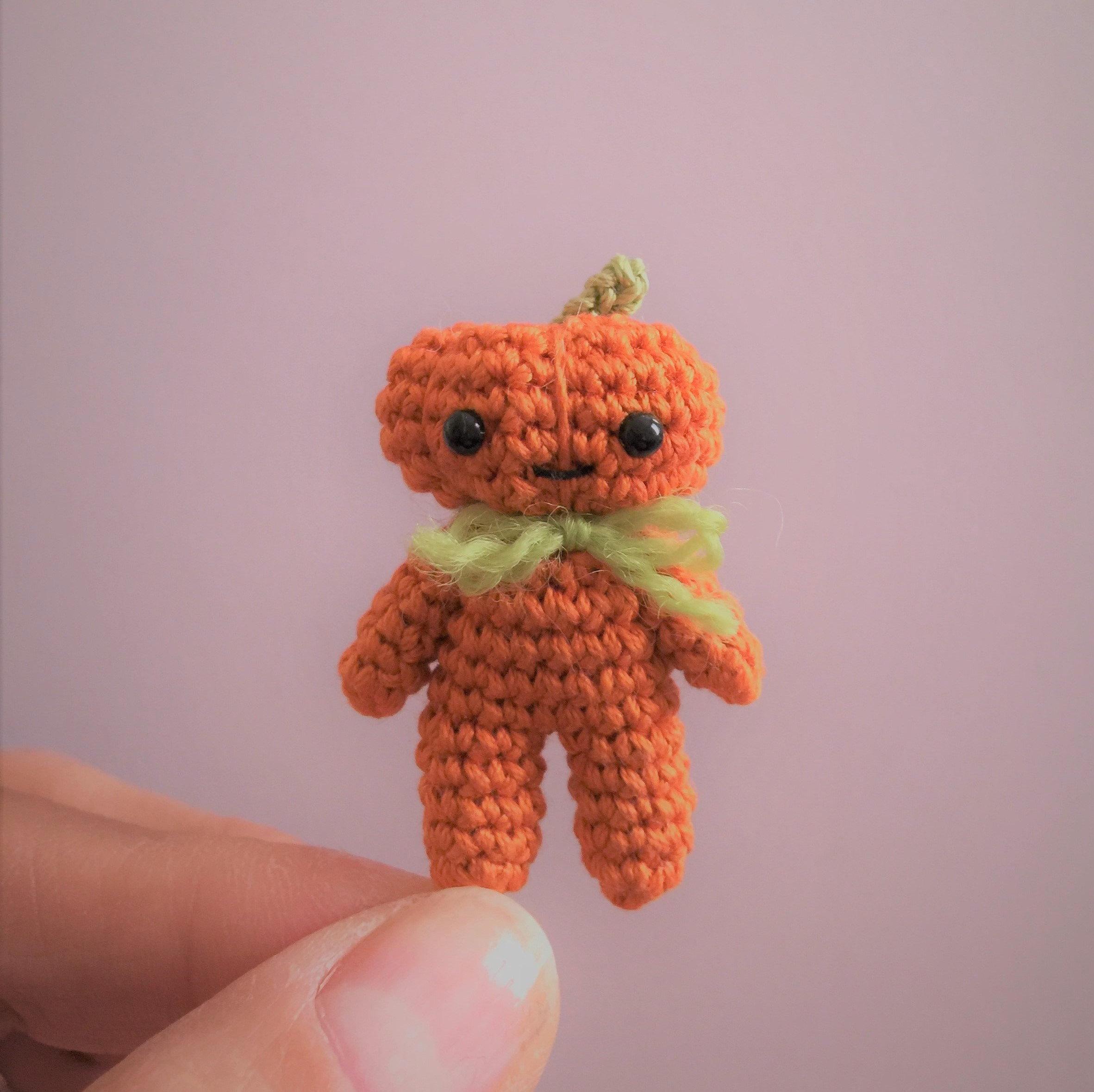 Pumpkin,Man,-,Amigurumi,Crochet,PDF,Pattern,amigurumi_pumpkin,chibi_pumpkin,crochet_pumpkin,crochet_halloween,pumpkin_man,Kawaii_crochet_pumpkin,mariella_vitale,PDF_Pattern,Crochet_Tutorial,crochet_pattern,miniature_amigurumi,miniature_crochet,amigurumi,micro_crochet