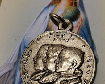 Big Sale Vintage Dated 1954 Large Silver Plated Papal 3 Pope Religious Medal Pendant Virgin Mary on the Back Vatican