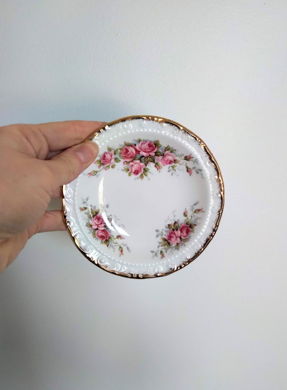 Made in England Curling Theme Gifts Royal Grafton Curling Trinket Dish