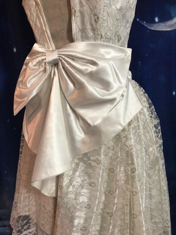 Vintage Wedding Dress, Size 2 Wedding Dress, Whit… - image 3