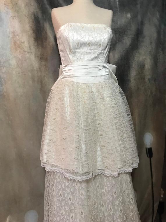 Vintage Wedding Dress, Size 2 Wedding Dress, Whit… - image 10