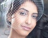 Brand New Handcrafted Birdcage Veil with Organza Flower And Feather Fascinator
