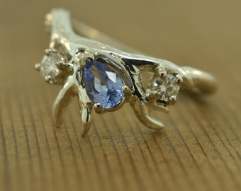 Antler 3 stone ring, antler ring, Ceylon sapphire ring, alternative engagement ring, sapphire ring, Elvish ring, branch ring,moissanite ring