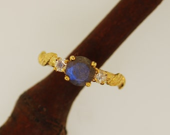 Labradorite Cascading leaf ring, sapphire ring, alternative engagement ring, leaf engagement ring, gold engagement ring,