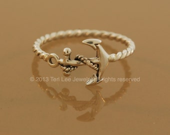 Anchor Twist Ring