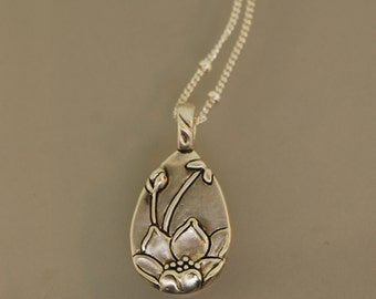 Unfolded Lotus Necklace