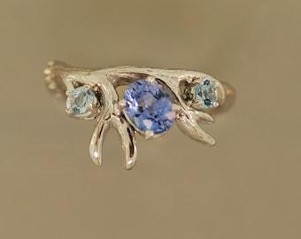 Antler 3 stone ring, antler ring, Ceylon sapphire ring, alternative engagement ring, sapphire ring, Elvish ring, branch ring, twig ring,