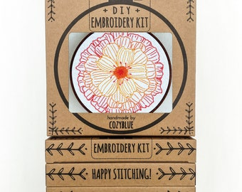 MERRY GOLD embroidery kit - embroidery hoop art, DIY gift kit, marigold flower, garden bloom, calendula, floral embroidery, hand embroidery