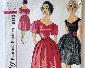 Simplicity 3212 Dress with Sweetheart Neckline and Oversize Puff Sleeve - Size 16, Bust 36 1960s Dress with Full Skirt and Dramatic Sleeves