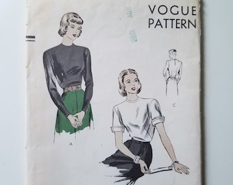 Vogue 5843 Woven Crewneck Pattern from the 1940s - Size 16 Bust 34 Vintage Blouse Sewing Pattern with Round, Collarless Neckline