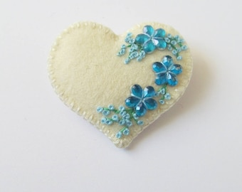 PETULA - Felt Brooch In A Bag - Soft White Heart - Accessory - Pin - Lovely Gift Idea For Her