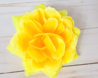 Yellow Rose Hair Clip, Yellow Floral Hair Flower, Pinup Rockabilly, Sunshine Flat Fit Rose