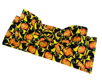 Vintage Pumpkins and Black Cat Halloween Bow Bandana, Rockabilly Headwrap, Pinup Head Scarf, Bandana, Halloween Top Knot - VERY LIMITED!