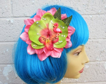 Flamingo Hair Clip, Pink and Green Tropical Hair Clip, Retro Hair Clip, Beach Hair