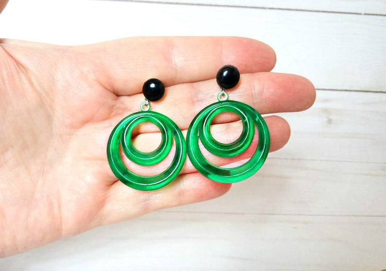 Vintage Green Plastic Dangle Earrings Circle Peirced Earring image 0