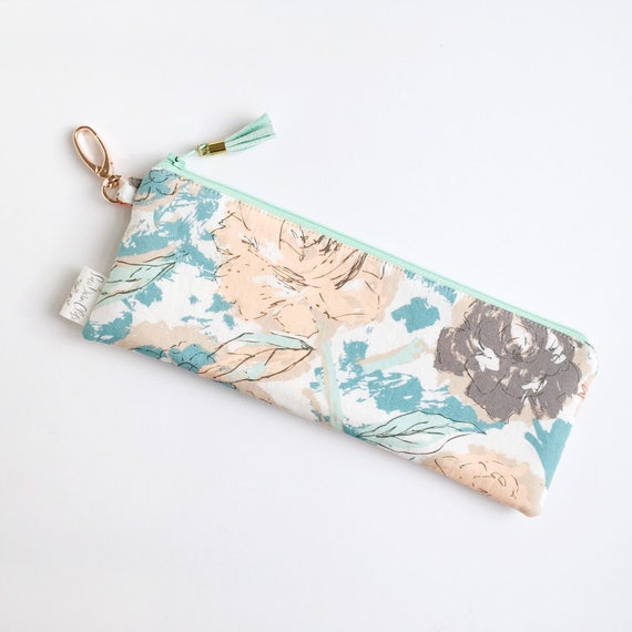 "9.5"" x 3.5"" Top Zippered Pouch // Paper Parchment"