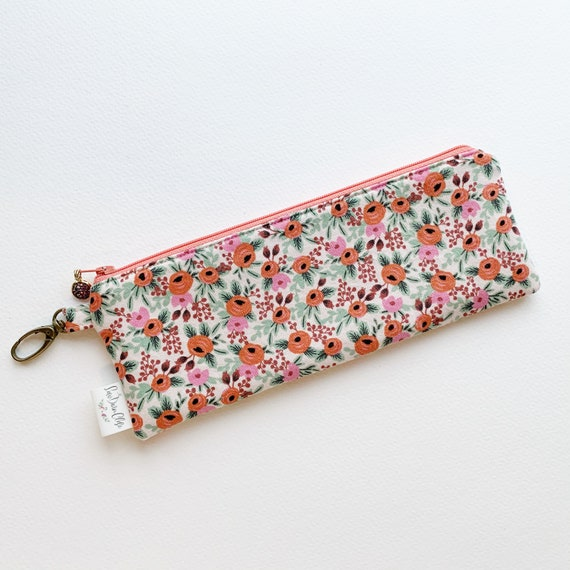"9.5"" x 3.5"" Top Zippered Pouch // Rosa"