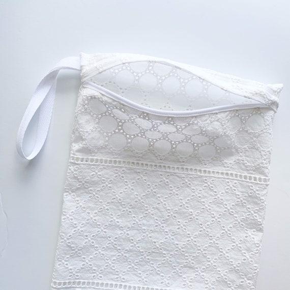 Eyelet Laundry Bag