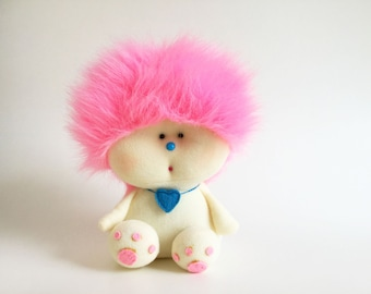 """Vintage AmToy Zuzzy, Fluffy Plush, 1981, Stuffed Animal, 1980s Toy, American Greetings, Cotton Candy Pink, Troll Doll, 9"""""""