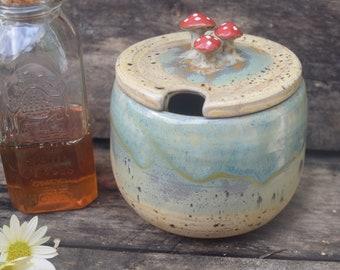 Honey Pot: Ceramic with Mushroom Handle