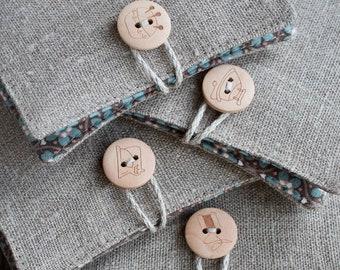 Small Linen Needle Book -