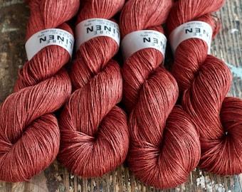 Linen yarn - Light Fingering - berry red