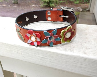 Annapolis Green's Here We Grow Beautiful & Delicious Collars - Size M Floral Dog Collar Flowers + Veggies One of a Kind Flower Dog Collar