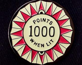 1000 Points when lit glow in the dark pinball bumper Lapel Pin