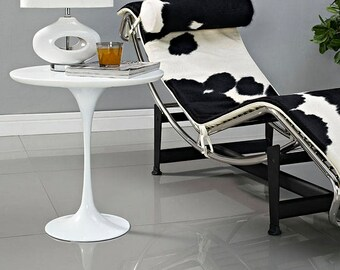 """LIPPA 20"""" Circular Side Table Tulip white base with White top"""