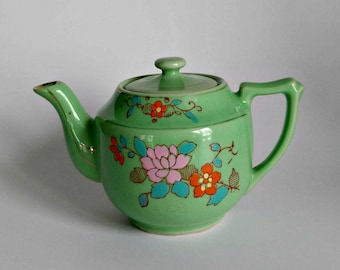 Green Tea Pot / Floral Tea Pot / Vintage Kitchen Decor / Cottage Home Decor / Tea Lover Gift / Retro Kitchen / Made in Japan / Tea for Two