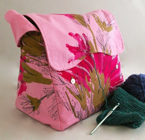 Patchwork Floral Easy Wipe Clean Vinyl Yarn and Needle Holder Bag Knit Bag