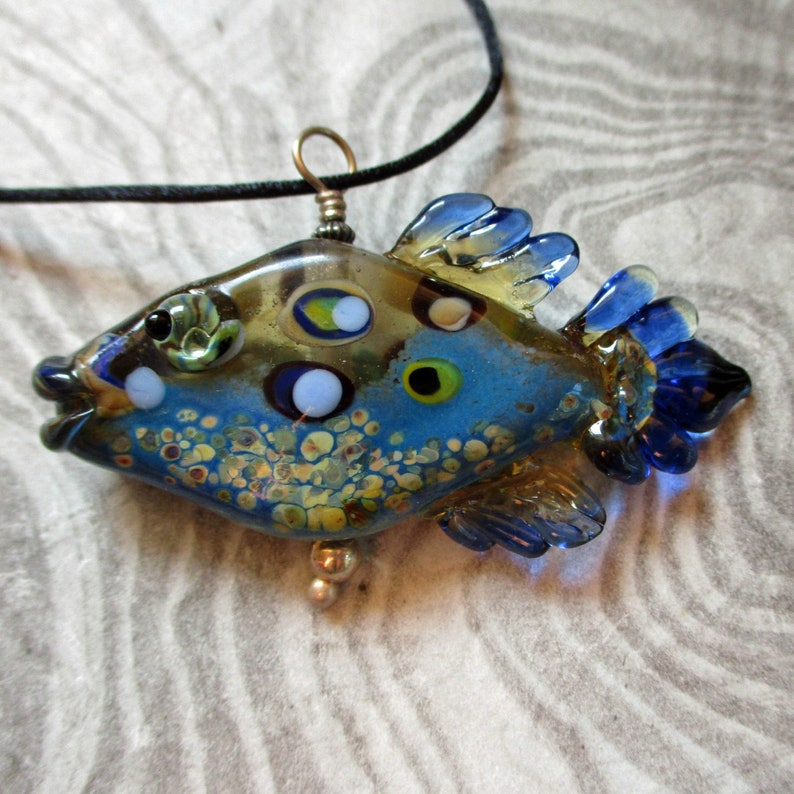 Blue Fish necklace lampwork glass bead pendant 'tiddly image 0