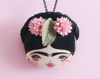 Frida 2 Doll Face Necklace