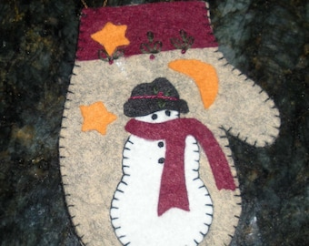 Wool mitten ornament