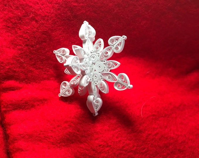 Miniature 3-D Quilled Snowflake Ornament
