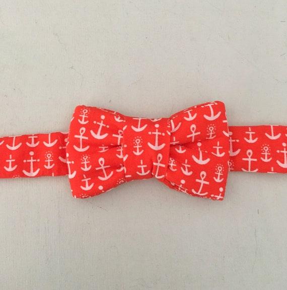 Collier pour chat avec noeud imprimé ancre