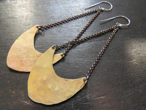 Medium Pendulum Earrings - Brass