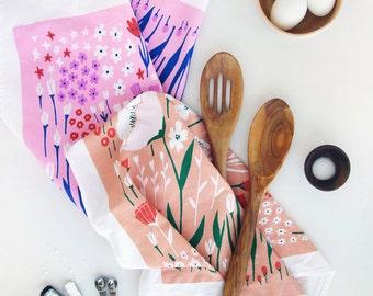 Poppy Floral Tea Towel - Coral / Pink